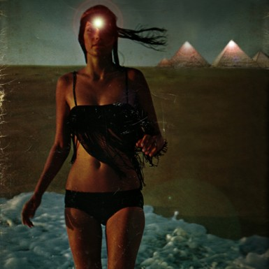Pyramid_Bikini_Girl_FINAL_sm